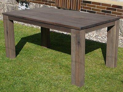 Batamba - masivní nerozkládací jídelní dubový stůl