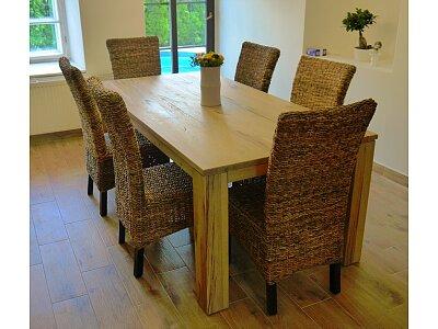 Nick - masivní rozkládací jídelní dubový stůl