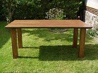 Moderní nerozkládací jídelní stůl v rozměru 180x100 cm